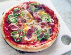 わたくし、ミックスピザでございます!